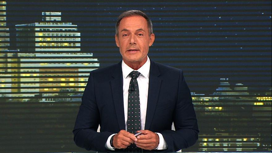 Hilario Pino vuelve por un día al Telenoticias en el 30 aniversario de su debut