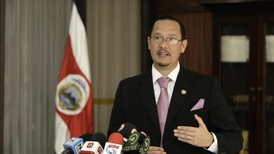 La presidenta de Costa Rica intenta desligarse de la palabra narcotráfico