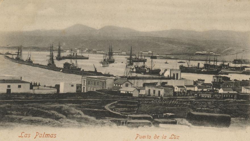 Imagen antigua del Puerto de La Luz.