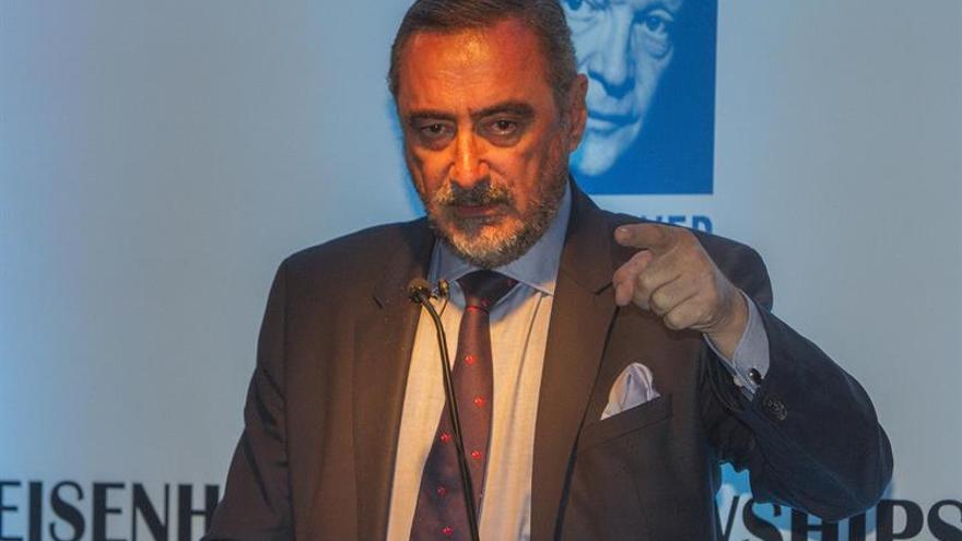 Carlos Herrera reconoce que negocia conducir un programa de entretenimiento en TVE