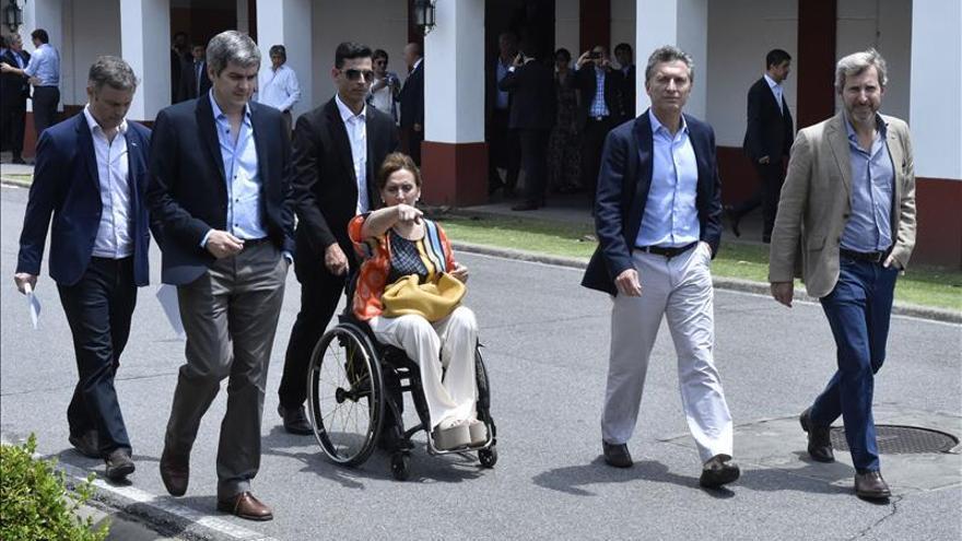 El Gobierno de Macri maniobra para poner en marcha cambios en la economía