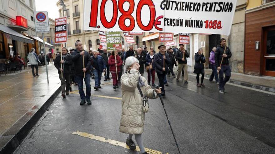 Miles de personas piden en el País Vasco pensiones de al menos 1.080 euros