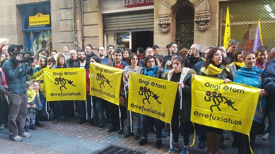 Concentración contra la detención de los activistas en Grecia.