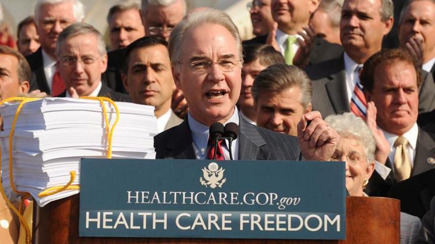 Trump opta por un crítico feroz del Obamacare como secretario de Salud