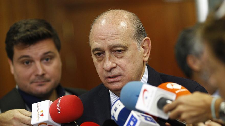El PP salva a Fernández Díaz de ser reprobado por el Senado, después de que el Congreso haya decidido investigarle