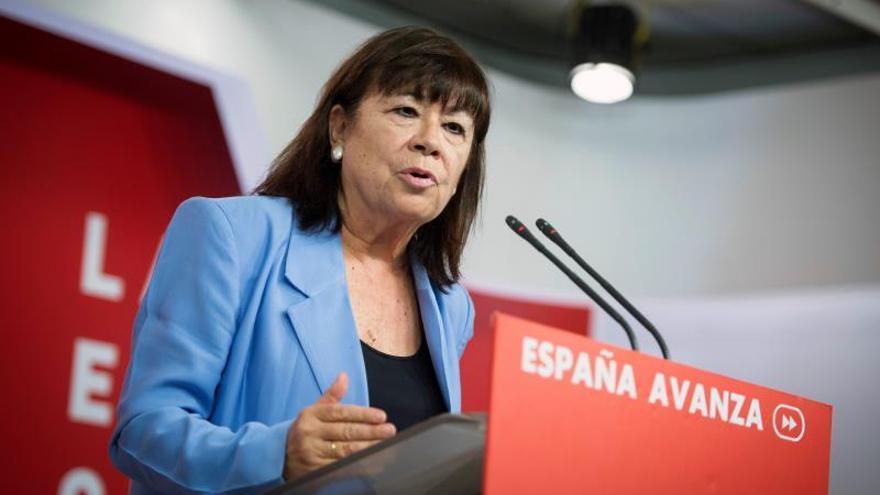 """Políticos del PSOE apoyan a Aído y a Pajín ante el ataque """"machista"""" de Aguado"""