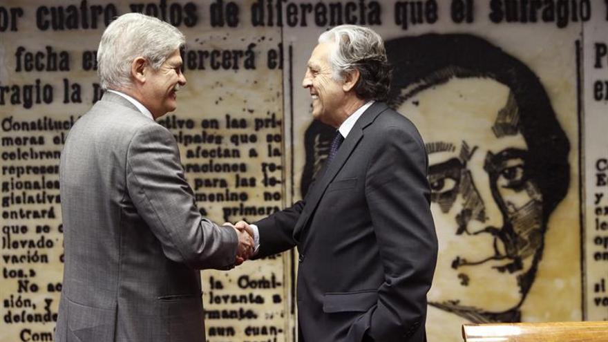 """España reitera apuesta por """"diálogo urgente"""" en Venezuela, pero no indefinido"""