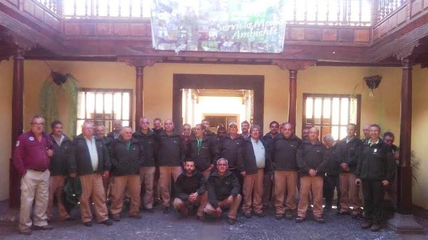 Participantes en el primer encuentro del personal de atención en equipamientos de la naturaleza del Servicio de Medio Ambiente del Cabildo de La Palma.