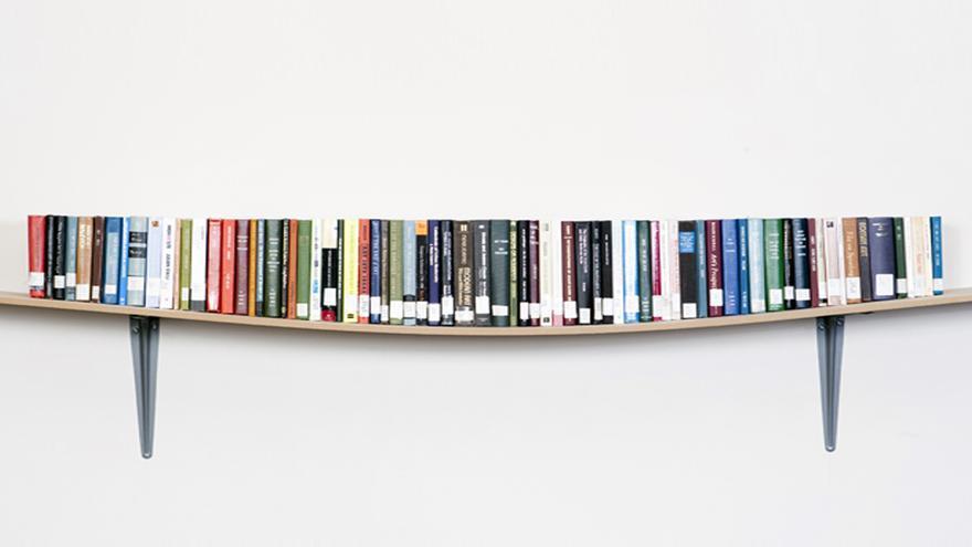 La Biblioteca Regional acoge la presentación del libro de relatos de José Óscar López 'Fragmentos de un mundo acelerado'