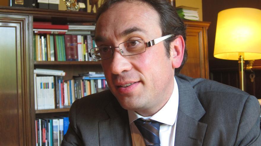 Rull (CDC) considera que el castellano sería lengua oficial en una Cataluña independiente