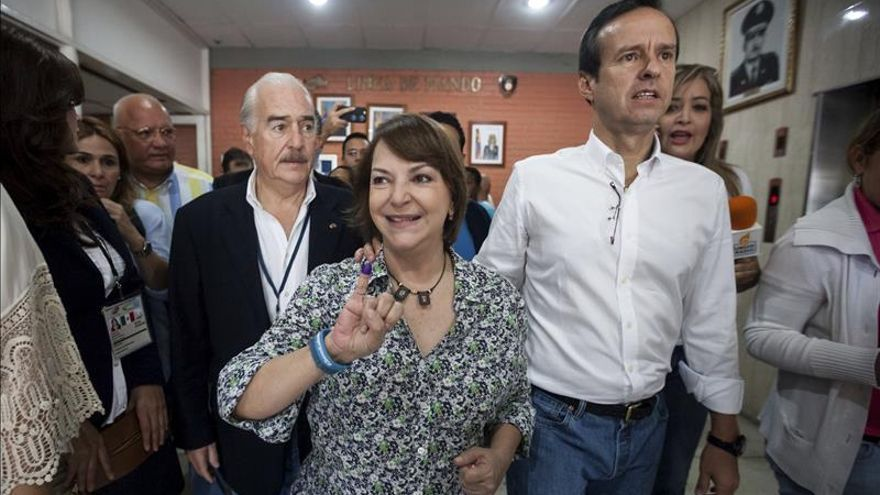 Quiroga dice retiro de sus credenciales es estrategia para revertir resultado