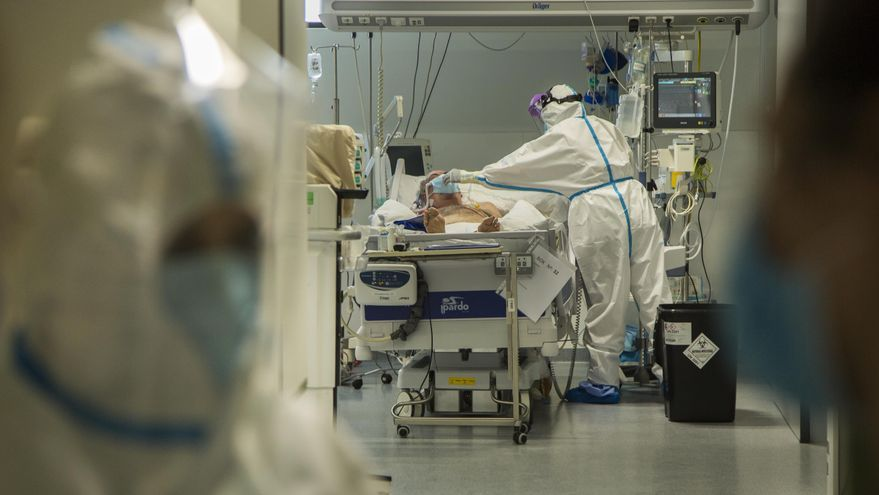 UCI de pacientes COVID del Hospital Valdecilla de Santander.