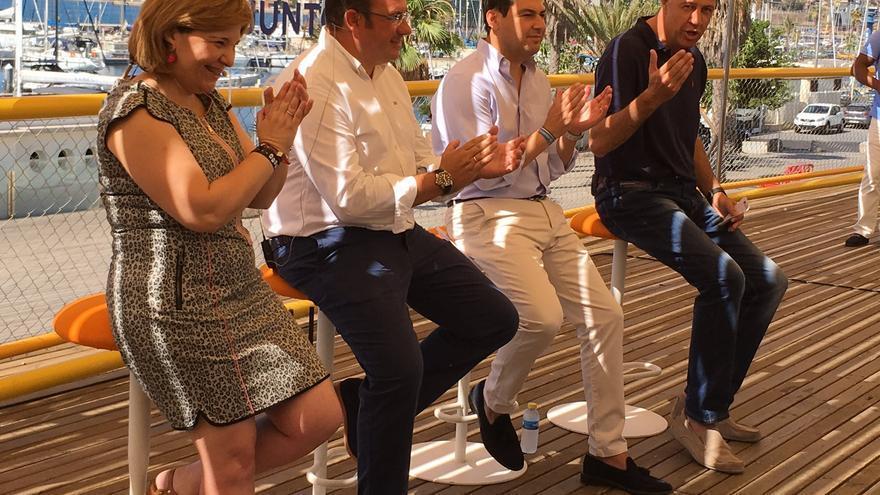 Isabel Bonig junto a los responsables del PP en Catalunya, Murcia y Andalucía en Cartagena
