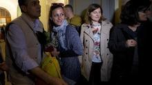 Nour, Hasan y sus hijos, a su llegada al Vaticano