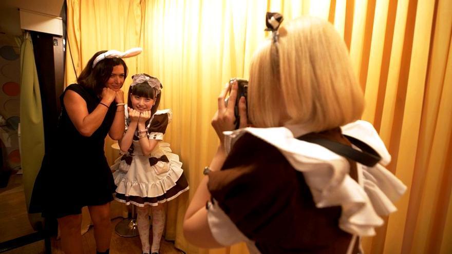 Alejandra Andrade en Tokio con Fuera de Cobertura