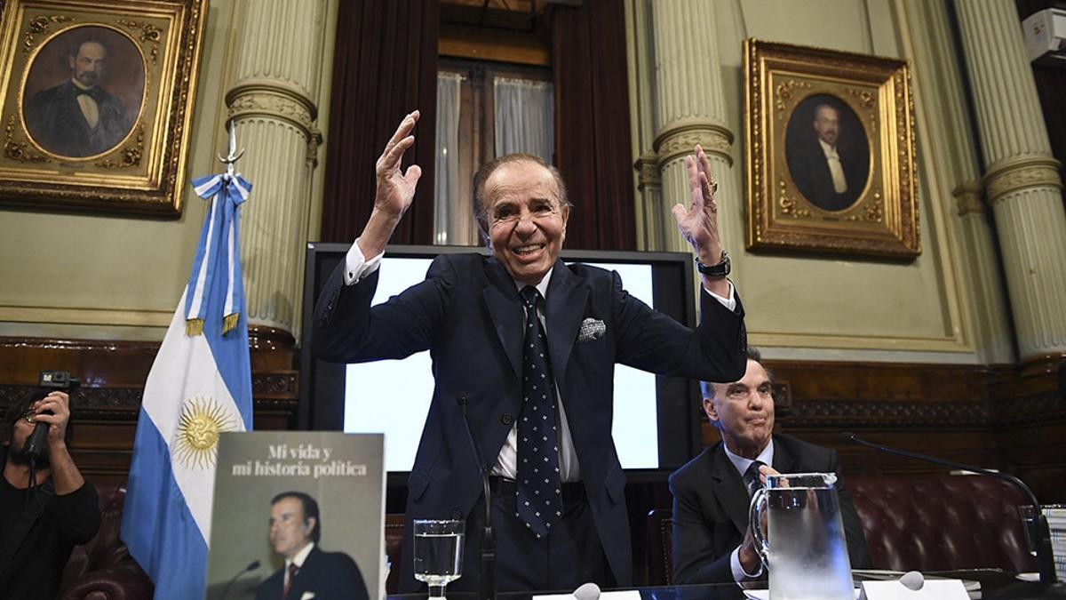 Carlos Menem en el Senado