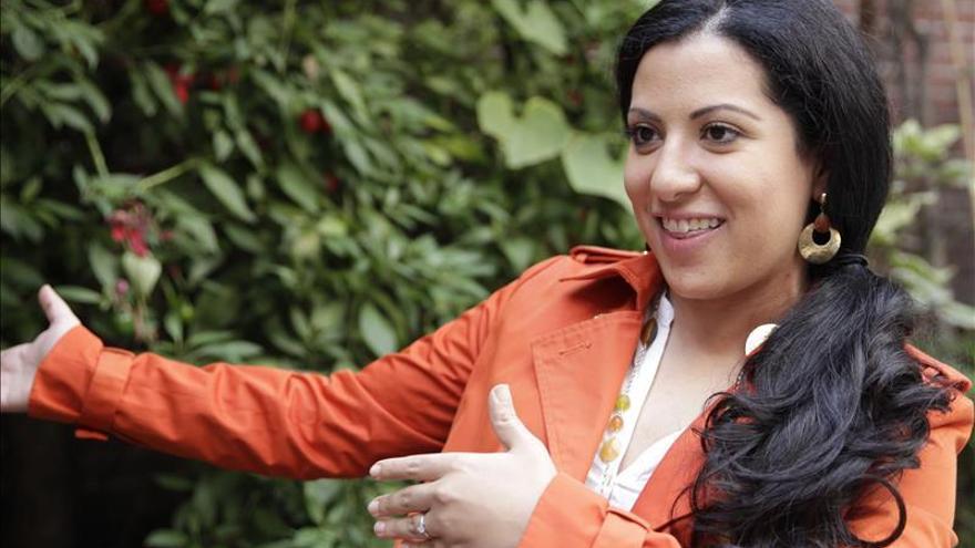 La soprano María Katzarava acompaña a Plácido Domingo en su 55 debut en México
