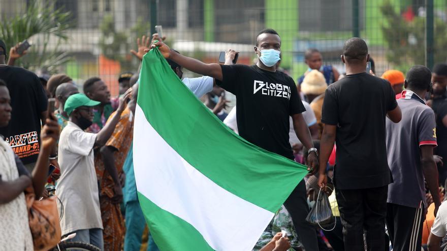 El presidente de Nigeria admite su fracaso al no poder acabar con Boko Haram