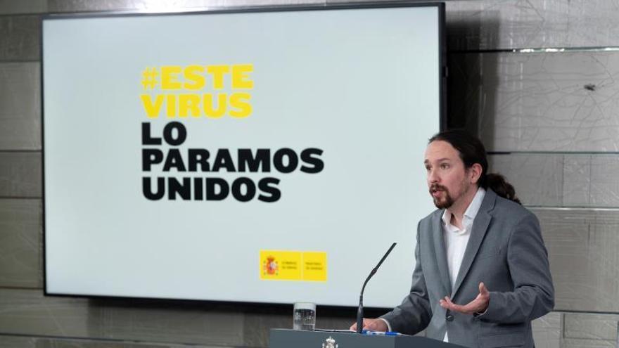 El vicepresidente y ministro de Derechos Sociales, Pablo Iglesias, durante la rueda de prensa ofrecida en el Palacio de La Moncloa ayer tras el Consejo de Ministros.
