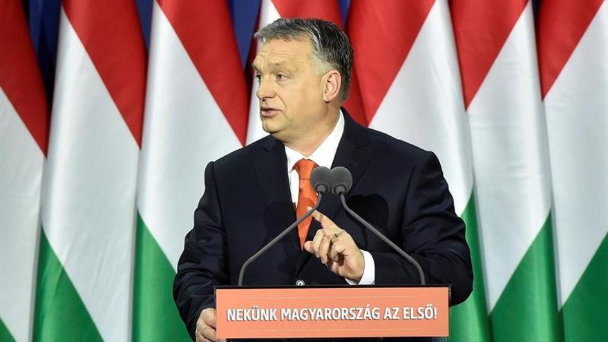 """Orbán alerta sobre el """"peligro islámico"""" de la inmigración en Europa"""