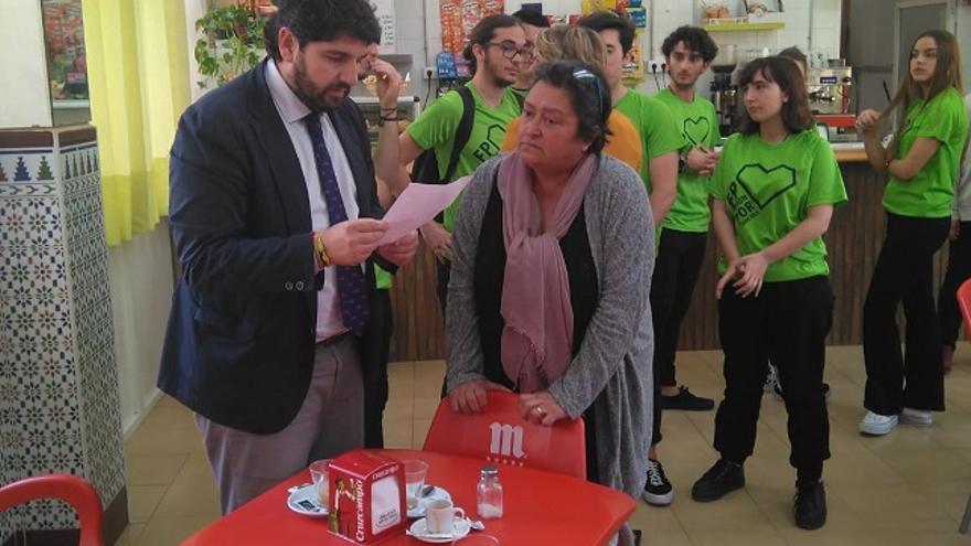 El presidente de Murcia, Fernando López Miras, reunido con María Martínez