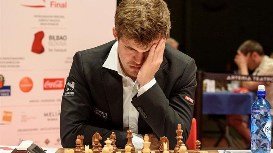 Carlsen expone su corona ante Karjakin, la gran esperanza rusa