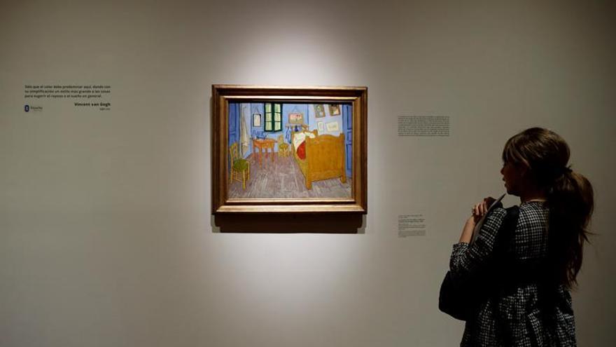 Exhibirán obras internacionales pintadas con colorante de insecto mexicano