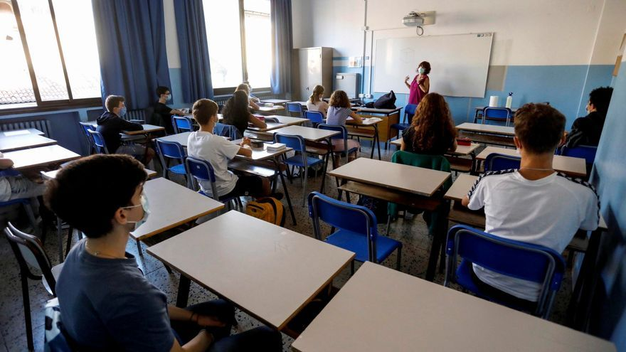 Los institutos de Italia abren para las recuperaciones, primer test de la vuelta al cole