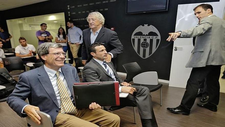 Aurelio Martínez y Amadeo Salvo.