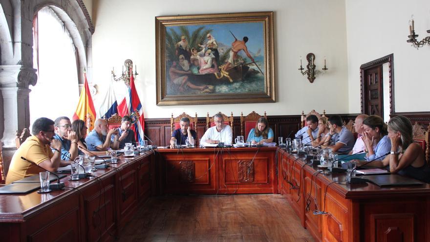 Pleno del Ayuntamiento de Santa Cruz de La Palma celebrado este lunes.