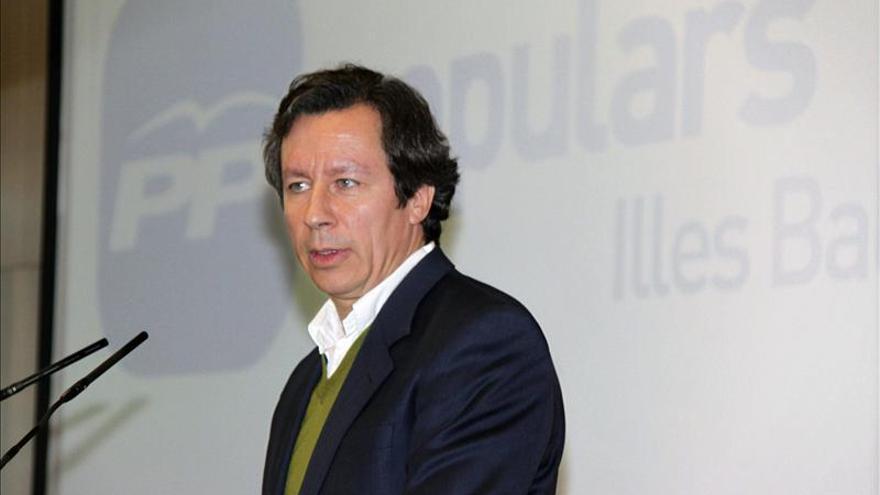 """Floriano pide que no """"ciegue"""" el dato paro pues política económica da frutos"""