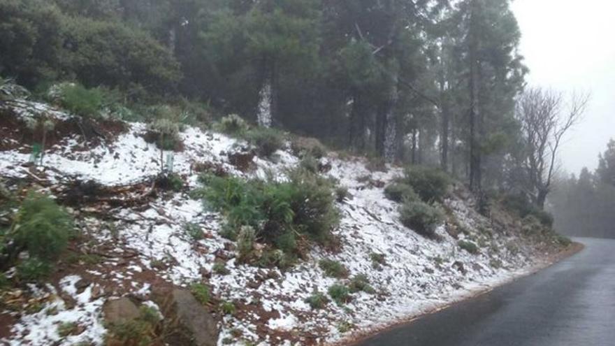 Nieve en la cumbre de Gran Canaria en febrero de 2016