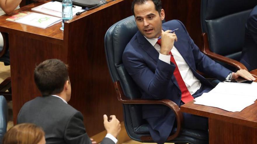 """Errejón apunta a """"chantaje"""" de Granados a Díaz Ayuso: Tiene algo que negociar"""