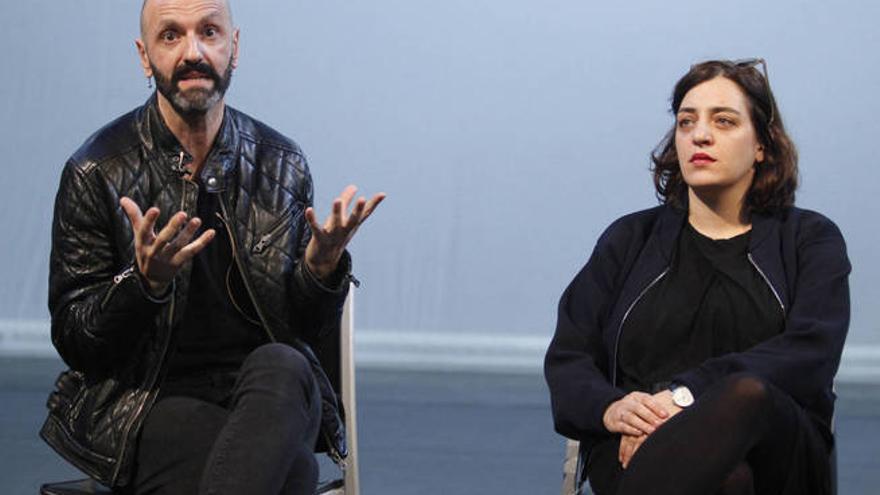 Mateo Feijóo y Celia Mayer presentando el nuevo programa del Matadero