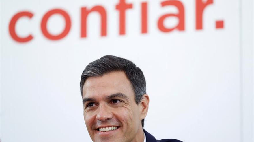 Sánchez asegura que España tiene ya una política migratoria de la que carecía