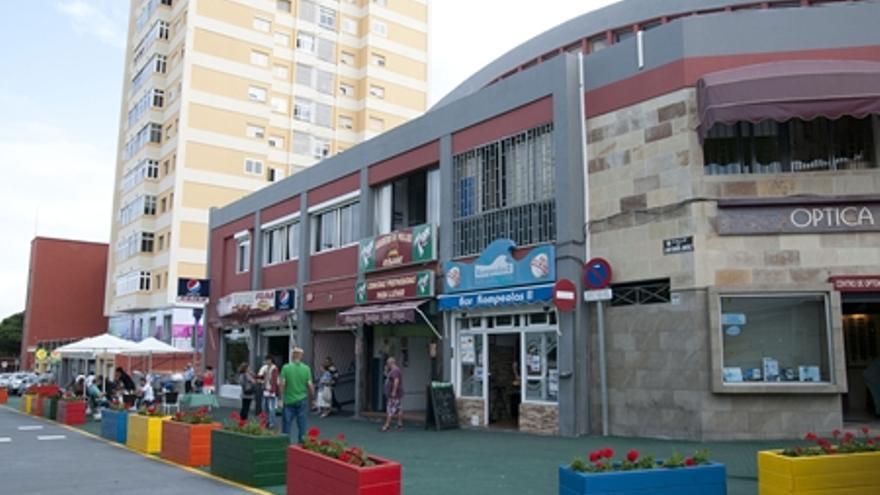 Zona peatonal en la fachada del Mercado de Altavista.