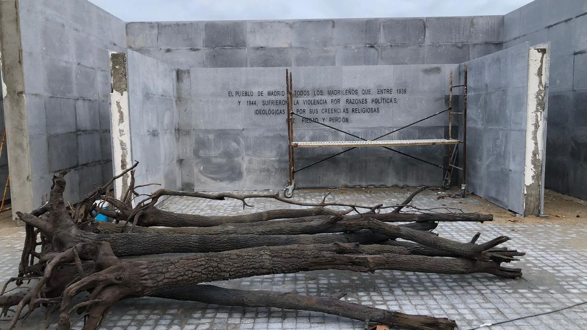 El nuevo Memorial en La Almudena, ya sin las placas con los nombres del las víctimas..