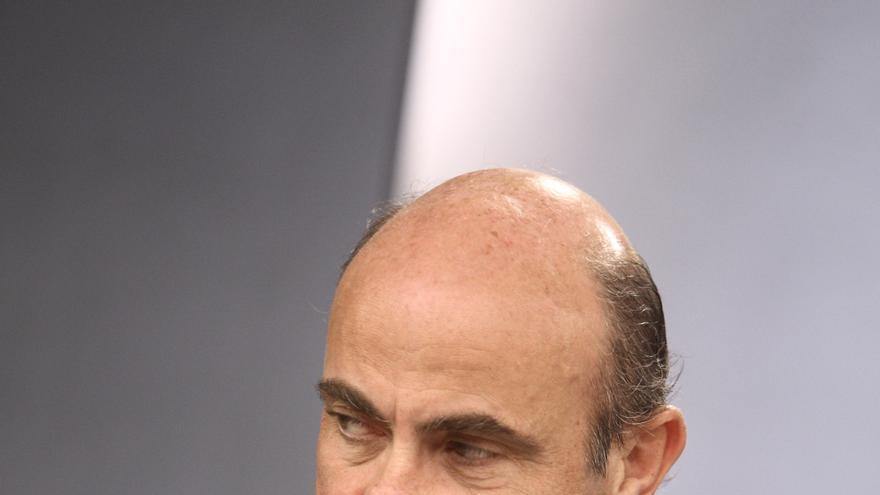 (Ampl.) De Guindos defiende que la economía española sigue siendo competitiva pese a las dificultades