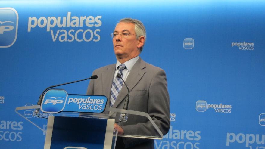 """PP vasco pide al lehendakari que, """"en vez de hablar de proyectos que separan"""", ponga en marcha medidas contra la crisis"""