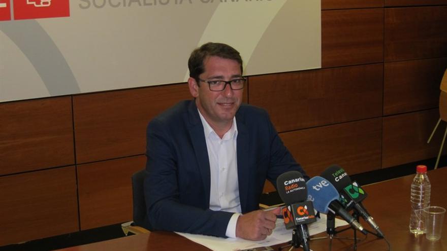 El portavoz del PSOE en el Parlamento de Canarias, Iñaki Lavandera