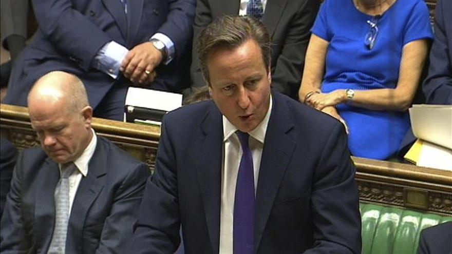 """Cameron dice que el Reino Unido """"no se puede permitir"""" inhibirse ante el EI"""