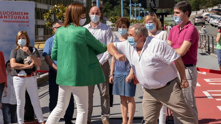 Idoia Mendia antes del acto electoral celebrado en Eibar