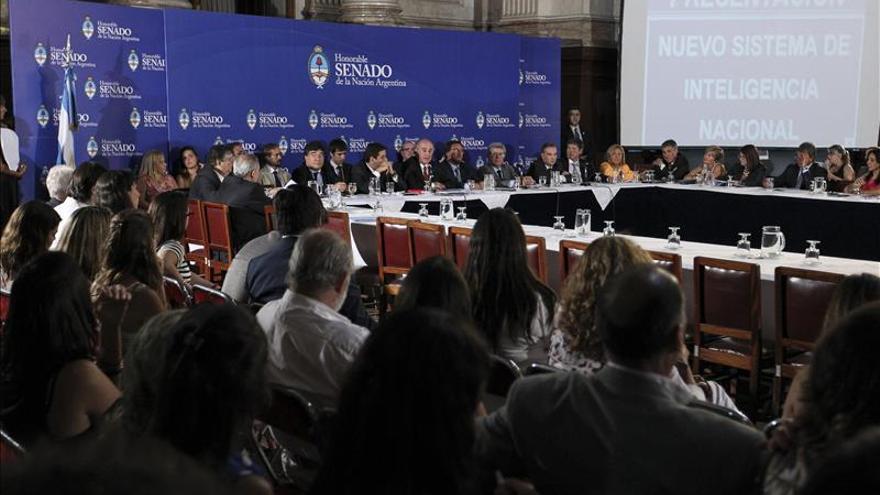 Proyecto sobre Inteligencia en Argentina avanza pese a plantón opositor