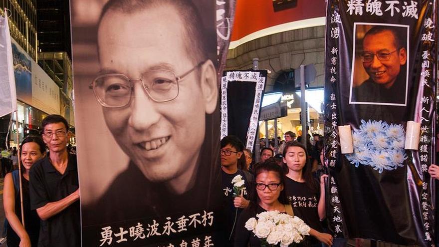 El círculo íntimo de Liu Xiaobo logra honrarle en una ceremonia en Pekín