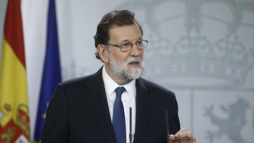Rajoy cesará al Gobierno catalán, podrá disolver el Parlament y convocará autonómicas antes de 6 meses
