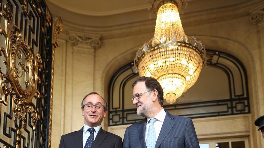 """Rajoy llama a votar al PP porque está """"en juego"""" lograr un Gobierno vasco que """"no vaya por el camino equivocado"""""""