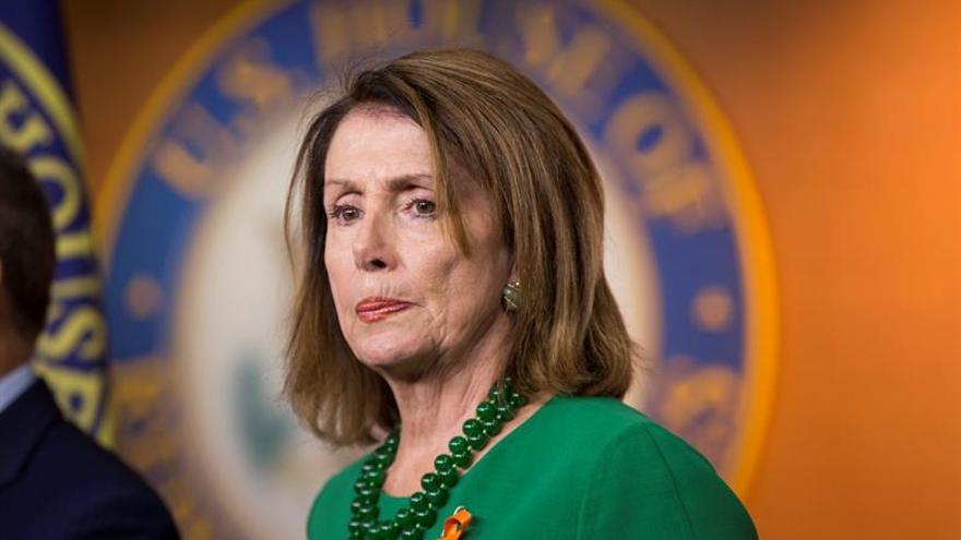 La líder demócrata del Congreso de EE.UU. insiste en que el TLCAN debe ser trilateral
