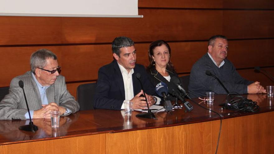 Amable del Corral, Narvay Quintero, Ángela Delgado y Rafael Hernández, en Santa Cruz