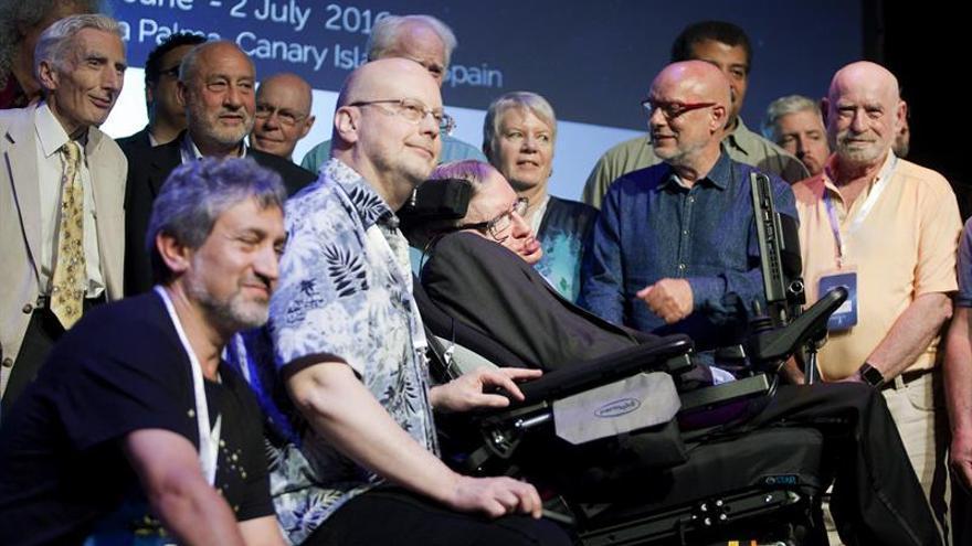 Hawking escribe contra el brexit desde España:La ciencia avanza sin fronteras