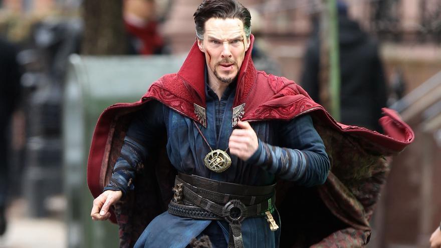 El actor Benedict Cumberbatch, durante el rodaje de 'Doctor Strange'